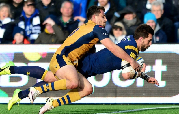Olivier extends Worcester stay