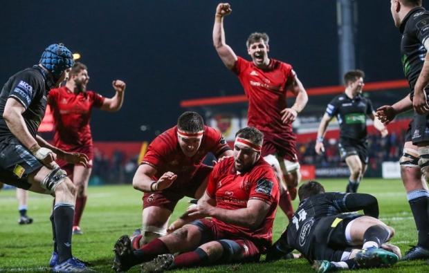 Munster upset leaders Glasgow