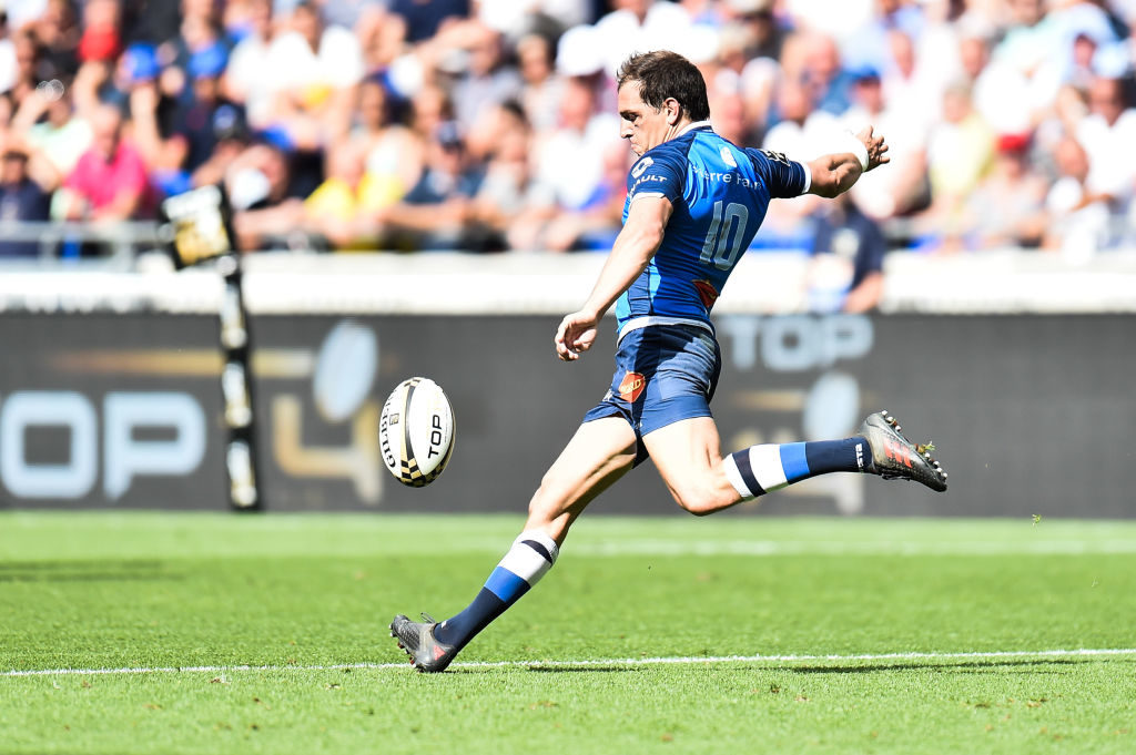 Castres shock Racing to make final