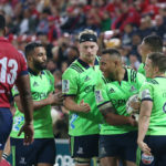 Highlanders snatch late win