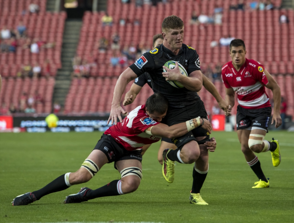 Solitary change for Sharks