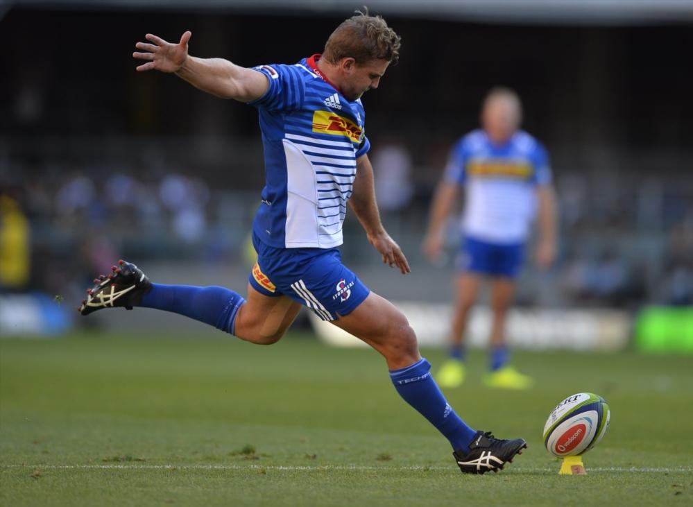 Jean-Luc du Plessis kicks