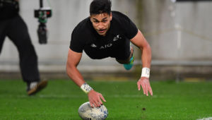Rieko Ioane scores for the All Blacks