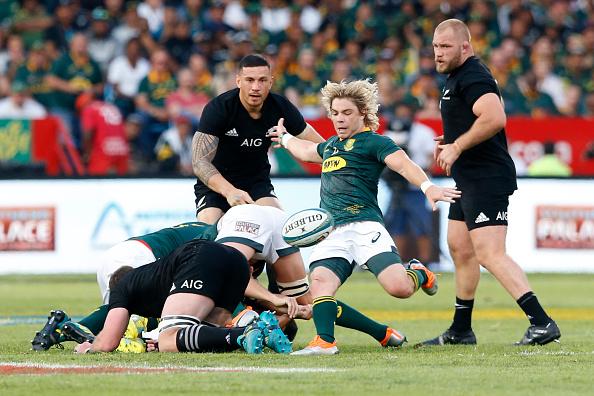 Springbok scrumhalf Faf de Klerk laughs off box-kick critics