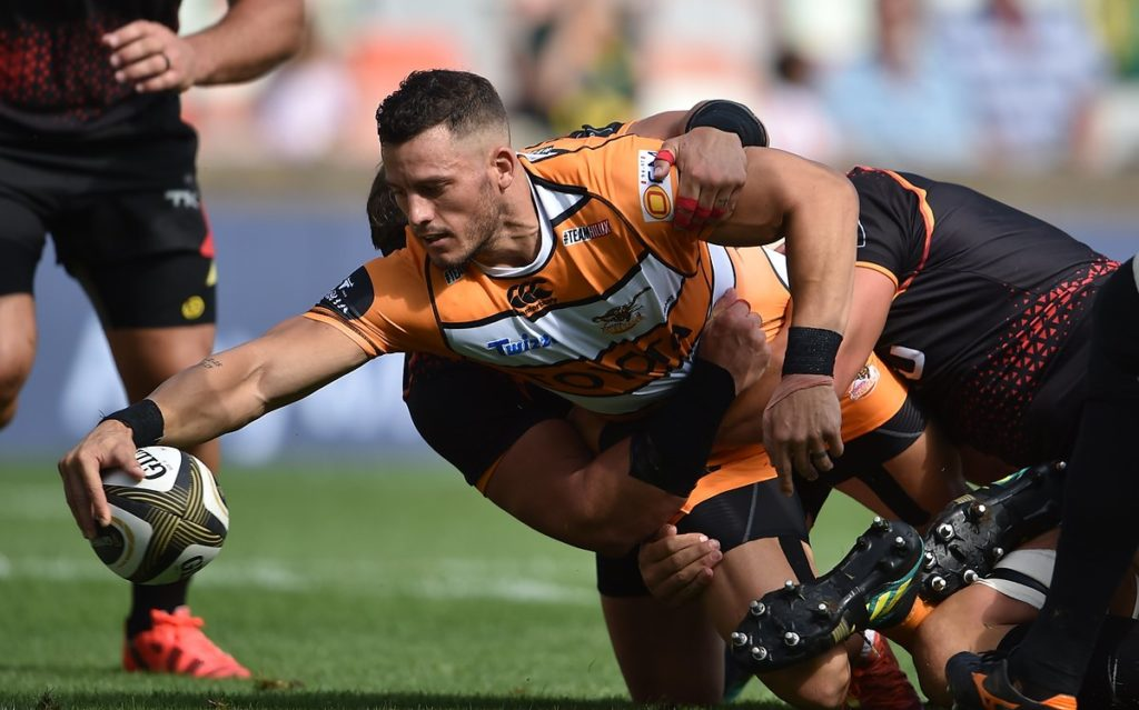 Cheetahs hold off ill-disciplined Kings