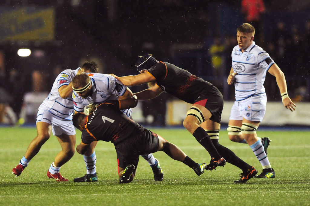 Cardiff outmuscle Kings in rain